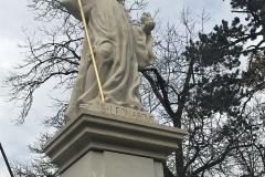 Dobříš socha4