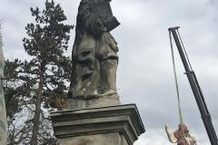 Dobříš socha2